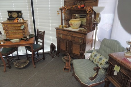 Ervin's Antiques & Gifts