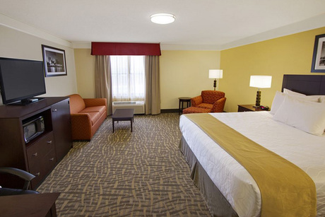 Best Western Plus - East Peoria