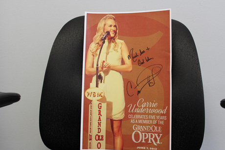 Autographed Carrie Underwood Hatch Print