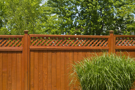 Central Fence & Deck