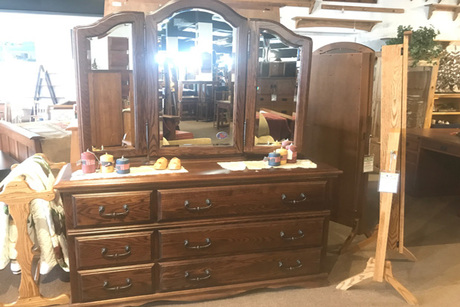 Essential Dresser With Treasures Wing Mirror